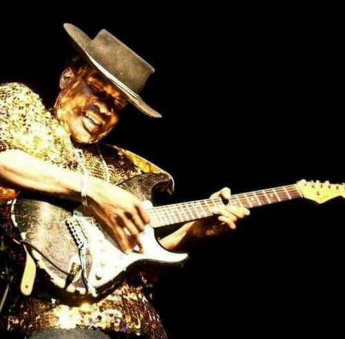 Arthur's Blues &... - Carvin Jones Trio